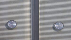 Fassade-DB-Schenker-mit-gebo-Punktahltern-