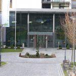 Klinikum_-Manderscheid-Isolierglasfassade mit gebo Glashalter
