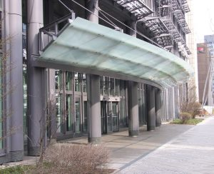 T-Systems Vordach Frankfurt gebo Glashalter AK A 50