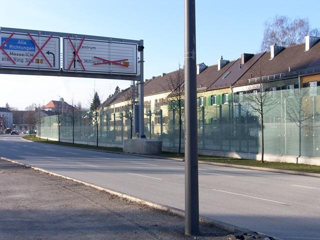 gebo PunkthalterAKA 70-Laermschutzwaende-Isarring-Effnerstraße München