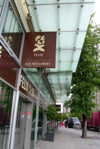 Vordach_Hotel_Adlon_Berlin_03